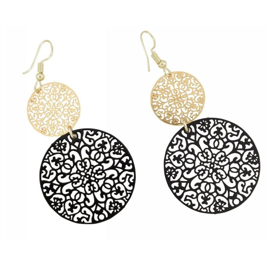 Earrings with metal filigree elements