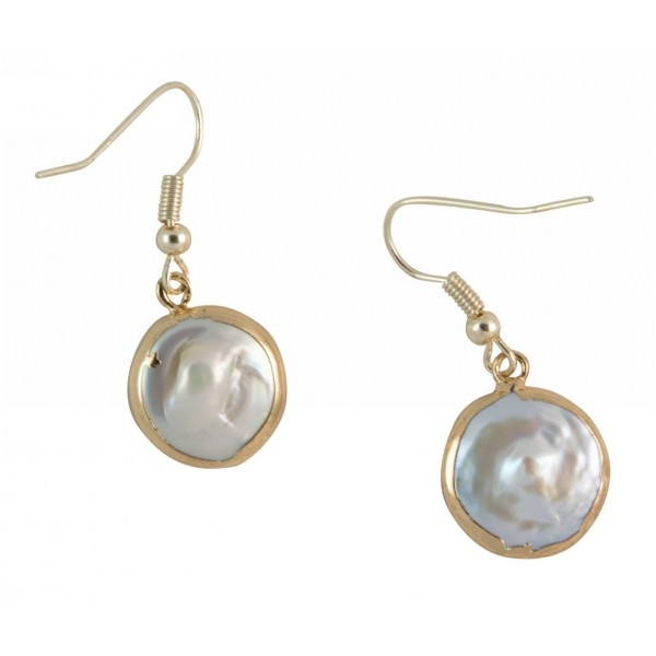 Earrings with metal elements and mother of pearl
