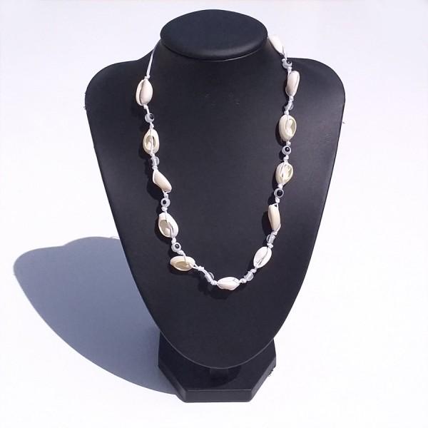 Cowrie Shell Tsoker Necklace